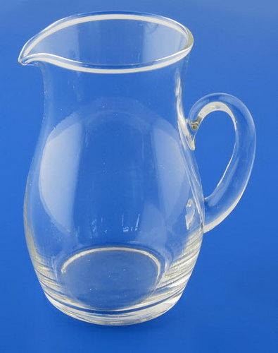 Glass Pouring Jug -med approxx. 250ml - Glass Pouring Jug -med approxx. 250ml