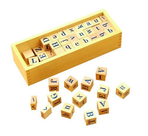 Alphabet Dice in Box -