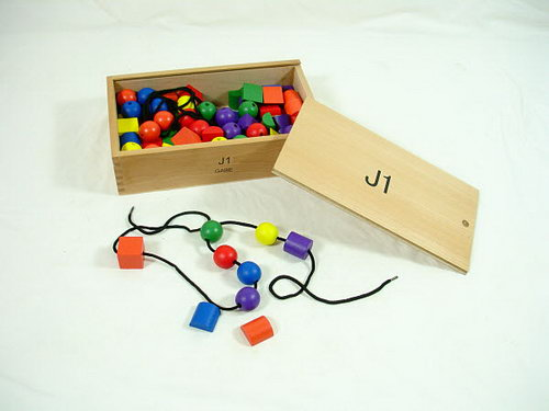 FROEBEL Lacing Beads -