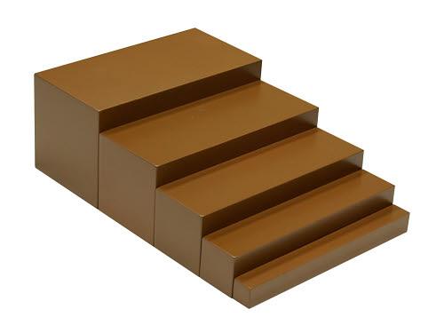 Broad Stair 5 Steps (full size steps) - Broad Stair 5 Steps (full size steps)