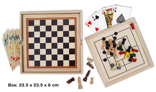 Classic 7 in 1 Games Set in Wooden Box - Classic 7 in 1 Games Set in Wooden Box